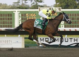Quiet Giant dominant in Molly Pitcher