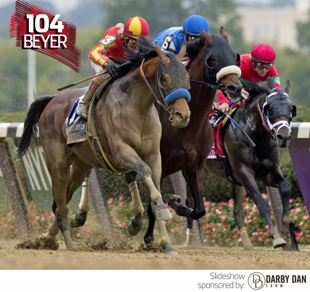 Hoppertunity wins the Jockey Club Gold Cup