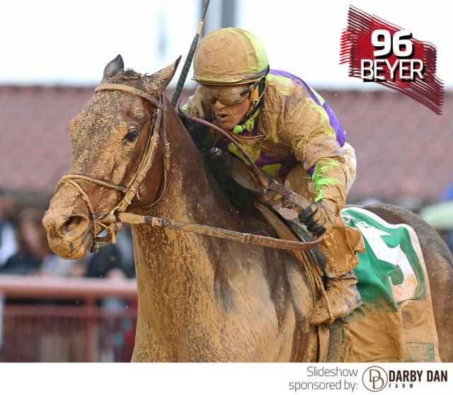 Imperative wins the Charles Town Classic