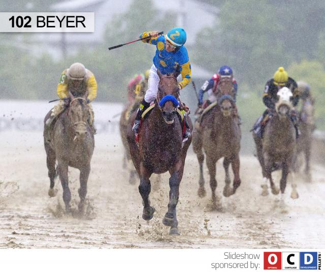 American Pharoah wins the Preakness